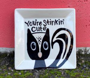 Sandy Skunk Plate