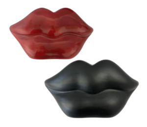 Sandy Specialty Lips Bank